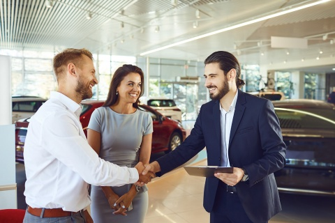 couple gets a credit union used car loan